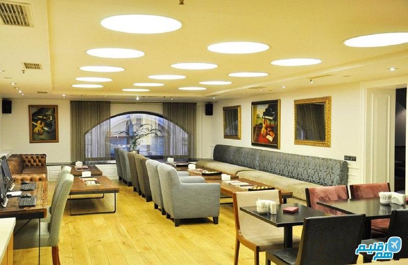 لابی هتل تولیپ پرا استانبول