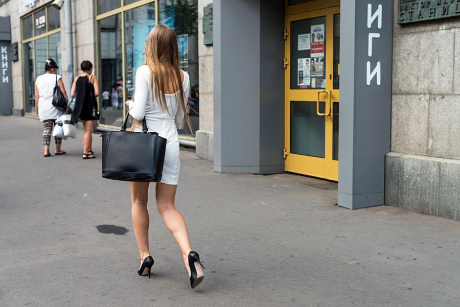 زنان روسیه با کفش پاشنه بلند