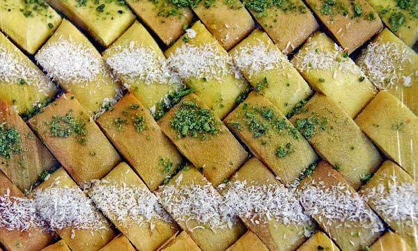 نان یوخه شیراز یا نان کاک کرمانشاه