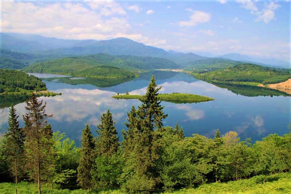 دریاچه لفور سوادکوه